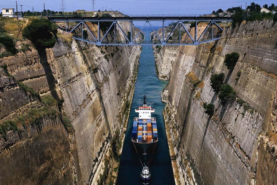 Isthmos - Canal